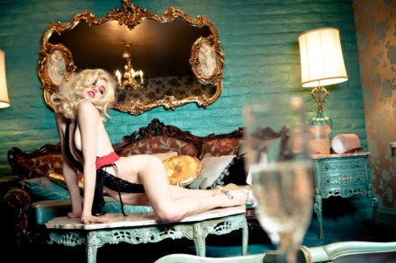 Ellen Von Unwerth - Do Not Disturb